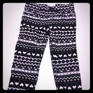 Black and White Tribal Jeans 💜